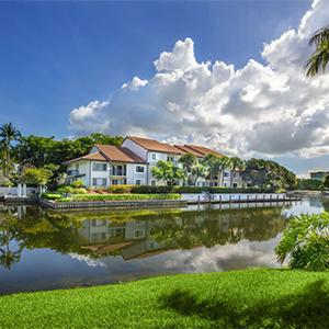 Bell Boca Town Center Lake
